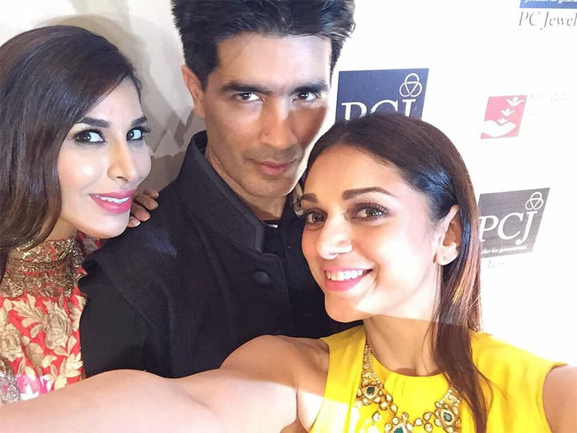 Congrats @ManishMalhotra1 @MWSYouth on yet another beautiful show for a truly worthy cause! #Mijwan2015 #womanpower Twitter@Sophie_Choudry