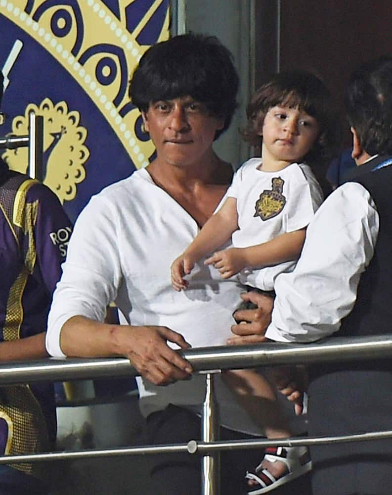 Shah Rukh Khan cheers his team during IPL 2015 first match against Mumbai Indians at Eden Garden in Kolkata.