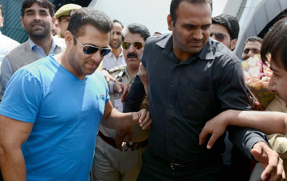 Bollywood superstar Salman Khan welcomed by fans after upon arrival at the Srinagar Airport to shoot for a film in Srinagar.