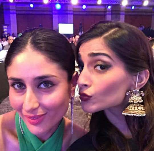 Kareena Kapoor Khan :- Now, its time for the Kapoor Girls. Nothing could get better than this. Kareena and Sonam's Selfie. -twitter