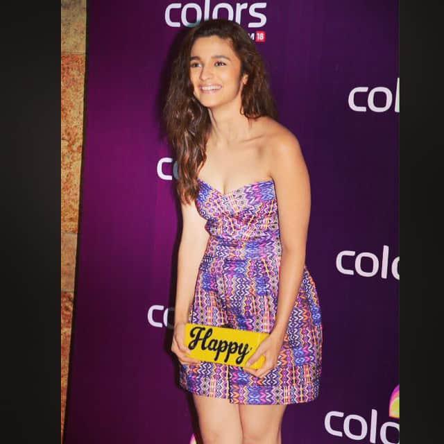 Alia Bhatt :- Because I'm happy. #lastnight #coloursparty -instagram