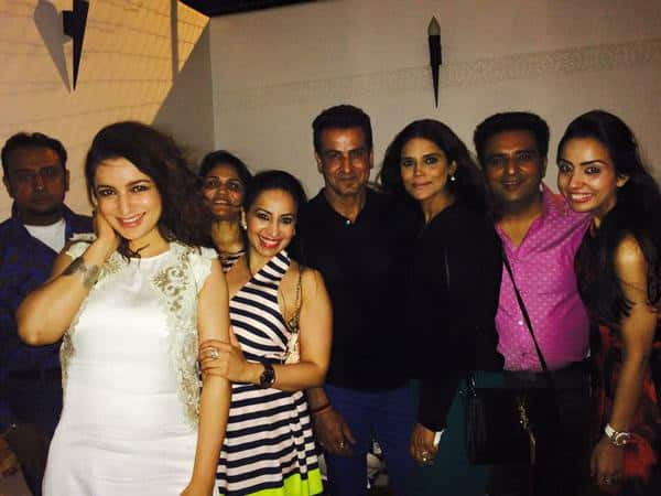 And more photos from @ArshadWarsi b'day bash with @ajaymago @RonitBoseRoy - twitter@tiscatime