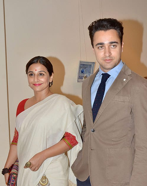 Bollywood actors Imran Khan and Vidya Balan attend the art of Sculptor Show.
