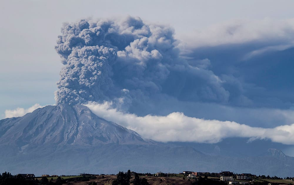 A thick plume pours from the Calbuco volcano, near Puerto Varas, Chile.