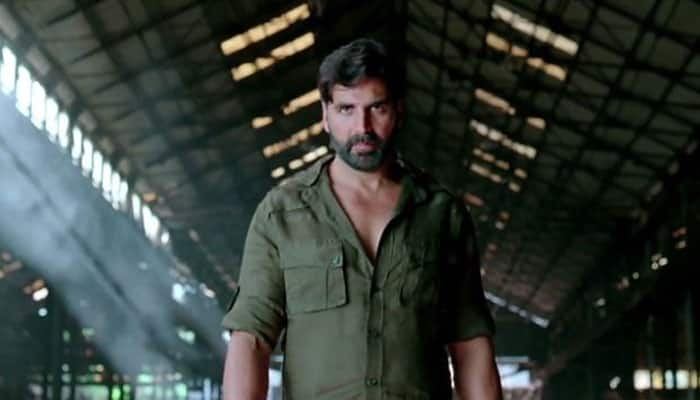 Gabbar Is Back movie review: Akshay Kumar's power punch to corruption in style!
