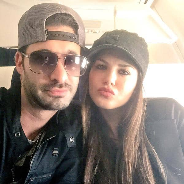 One the road again w/ @DanielWeber99! @KKLHtheFilm heads to Hyderabad!Last day of full promo before the big day! - Twitter@SunnyLeone