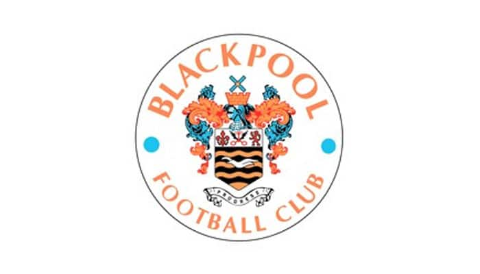 Lee Clark resigns as Blackpool manager