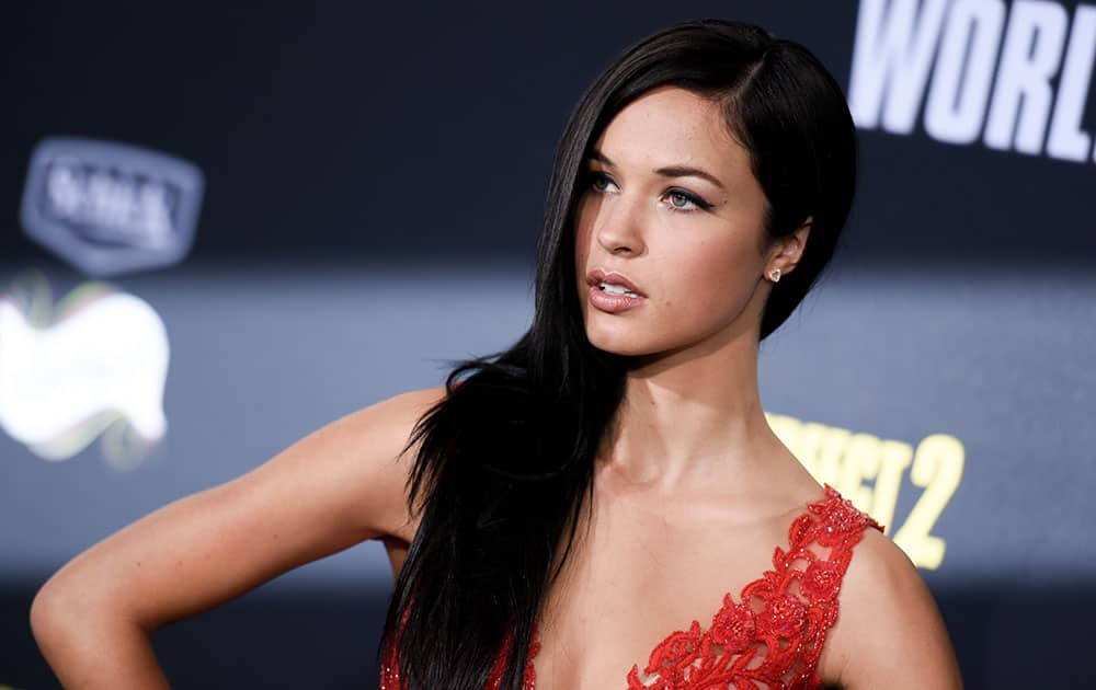 Alexis Knapp arrives at the World Premiere of