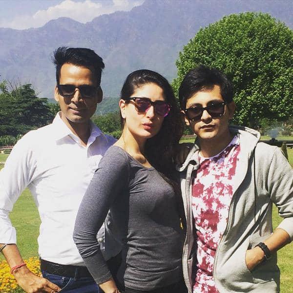 Kareena in Srinagar (Kashmir) to shoot a love song for #BajrangiBhaijaan Pic Courtesy:Twitter