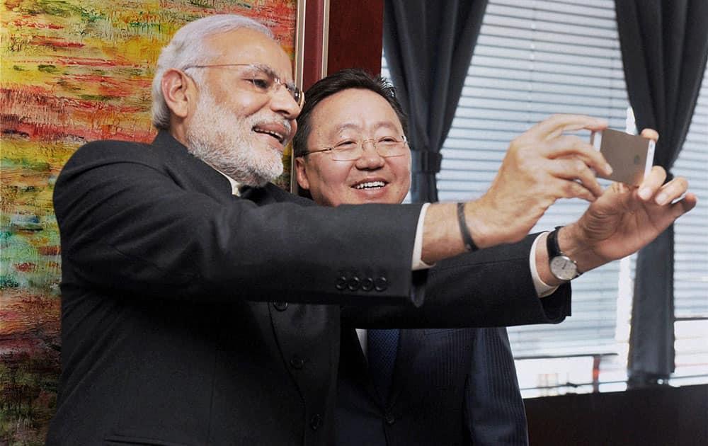 Prime Minster Narendra Modi taking selfie with President of Mongolia Tsakhiagiin Elbegdorj during a meeting in Ulan Bator, Mongolia.