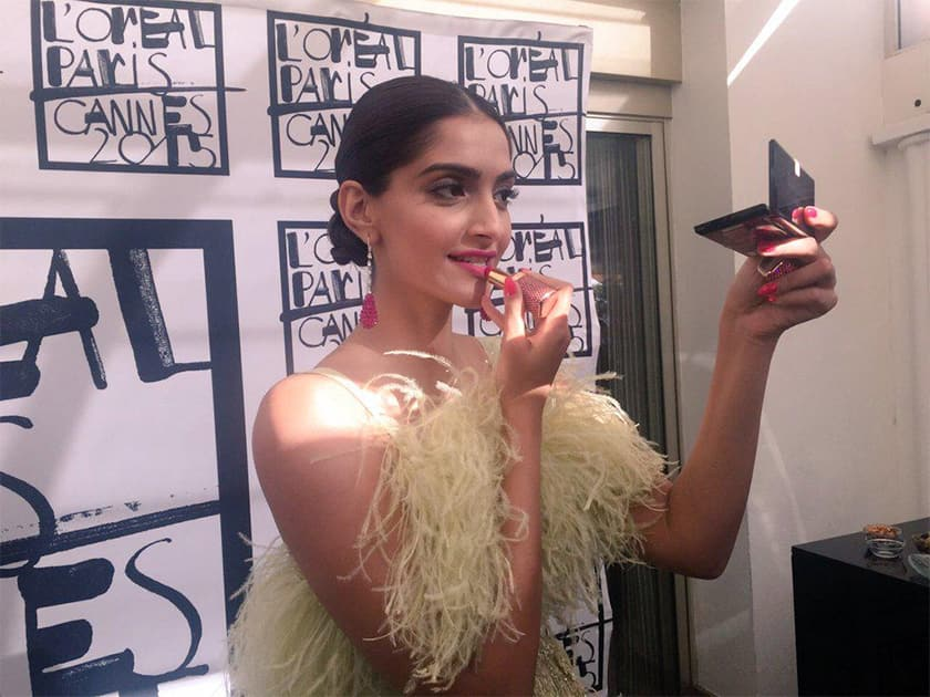 Celebrating 30 years of #ColorRiche by @Chopard. @sonamakapoor adorns this jewelled lipstick! #SonamAtCannes. -Twitter