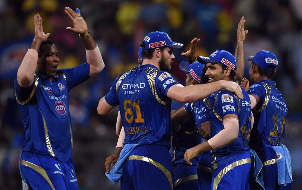 MUMBAI INDIANS PLAYERS CELEBRATES THE VICTORY OVER CHENNAI SUPER KINGS DURING THE FIRST QUALIFIER MATCH OF IPL IN MUMBAI.