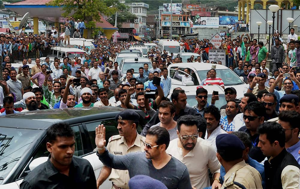 Salman Khan arrives to attend the wedding reception of his sister Arpita Khan in her home town in Mandi.