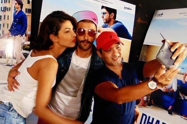 Clicking a selfie wid @priyankachopra n @RanveerOfficial 1st two parts of a fun interview coming soon #TalkingFilms. Twitter@DDDTheFilm
