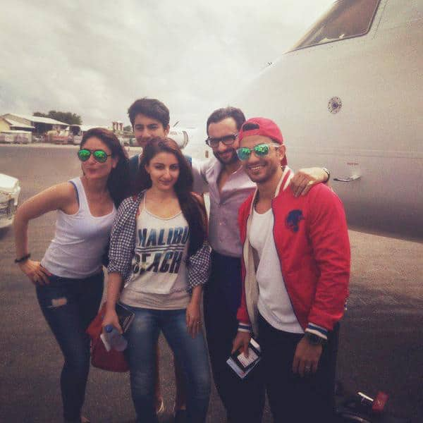 Maldives bound! Kareena and family spotted at the airport. Twitter@KareenaOnline