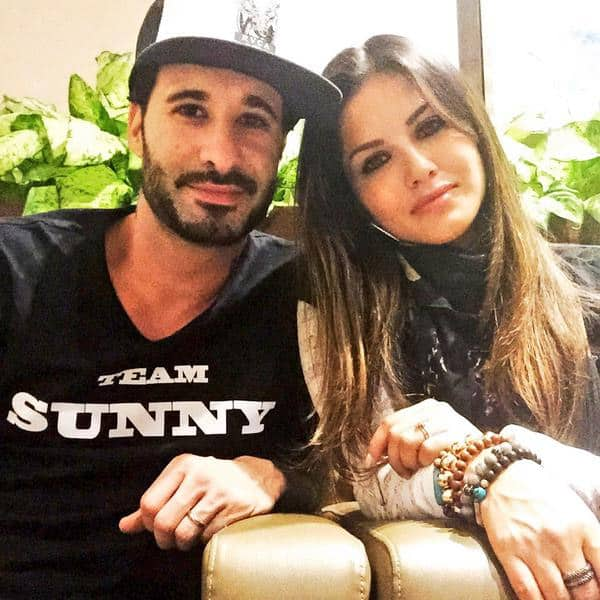 Going HOME with @DanielWeber99 so gosh darn excited!! - Twitter@SunnyLeone