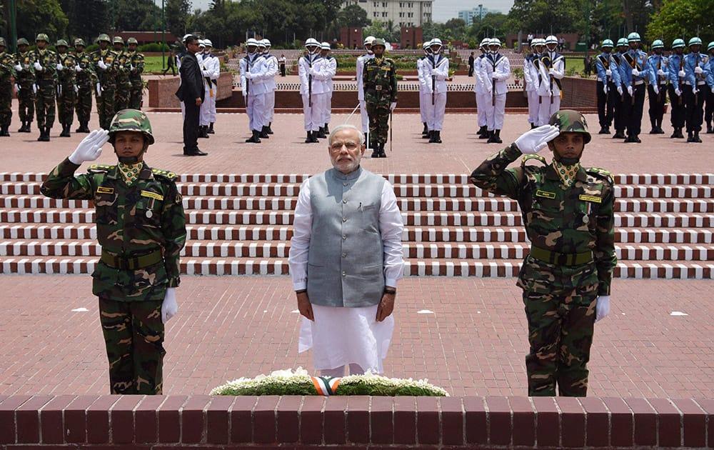 Prime Minister Narendra Modi paying homage at National Martyrs Memorial in Dhaka.