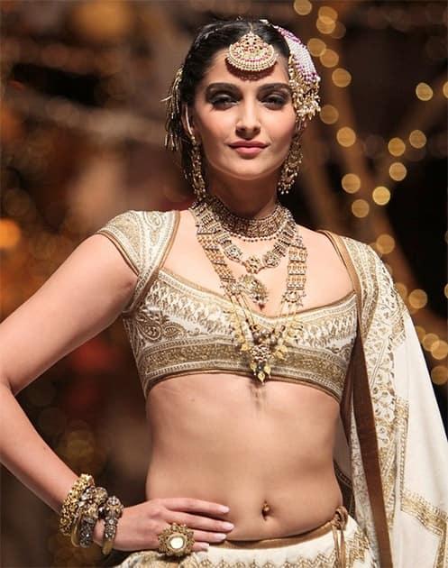 Sonam Kapoor: Bollywood's fashionista