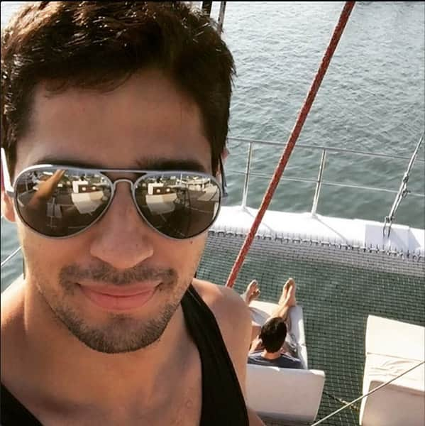 Here's a shout out to @S1dharthM who just joined Instagram - s1dofficial. Follow for more selfies! Twitter@Brothers2015