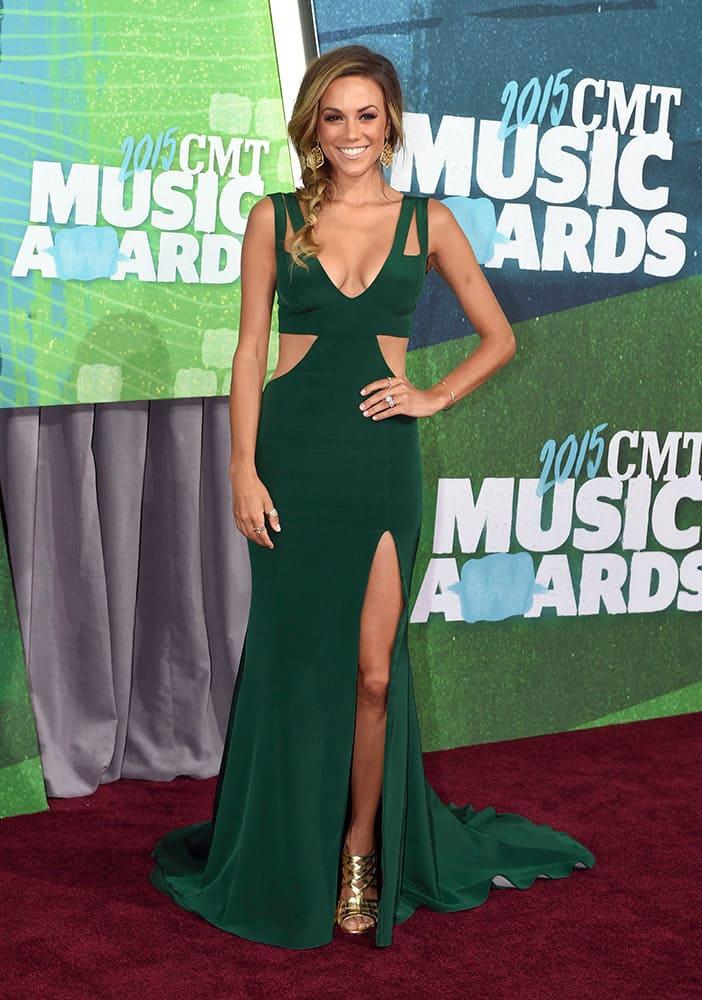 Jana Kramer arrives at the CMT Music Awards at Bridgestone Arena, in Nashville, Tenn.