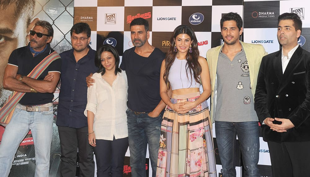 Jackie Shroff, Akshay Kumar, Jacqueline Fernandes, Sidharth Malhotra and Karan Johar during the trailer launch of movie Brothers at PVR, Juhu in Mumbai. DNA
