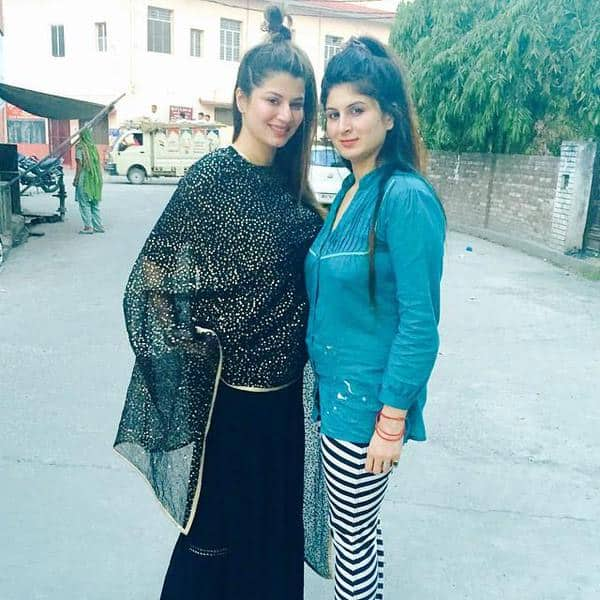 @kainaatarora two #Lovelyz #angel in #earth #kainaat and #khusboo Twitter@kainaatarora