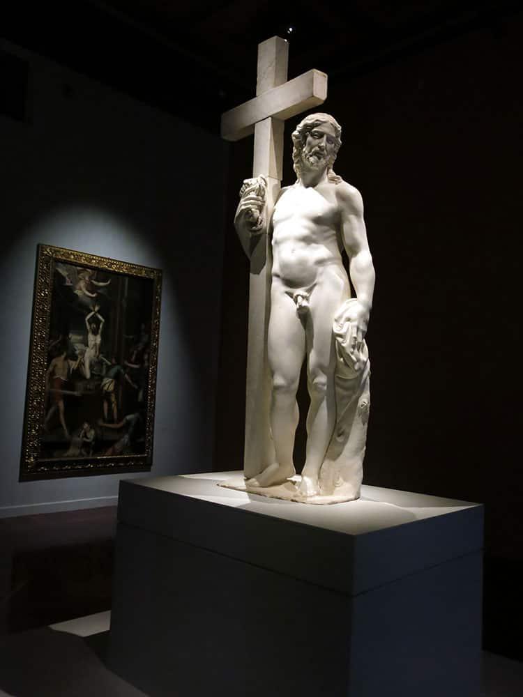 "Michelangelo's ""Cristo Portacroce (Cristo Giustiniani)"" a white marble sculptre from 1514-1516 at the exhibition ""Miguel Angel Buonarroti. Un artista entre dos mundos"" (Michelangelo, an artist between two worlds) at the Palacio de Bellas Artes in Mexico City."