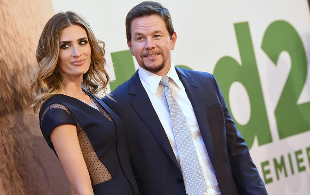 Rhea Durham and Mark Wahlberg attend the world premiere of