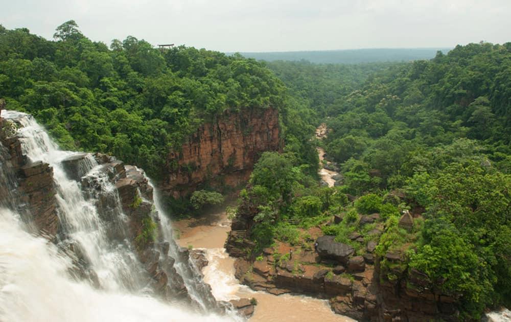 Tirathgarh Waterfall - Pic Courtesy: Chhattisgarh tourism