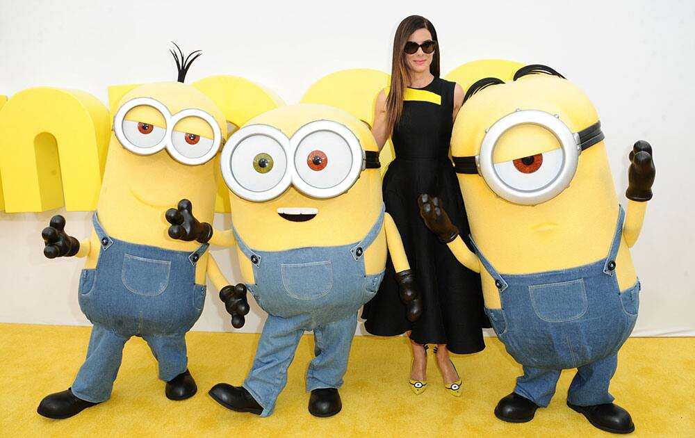 Sandra Bullock arrives at the Los Angeles premiere of