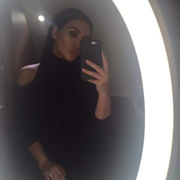 Airplane bathroom selfie ✈- Twitter@KimKardashian