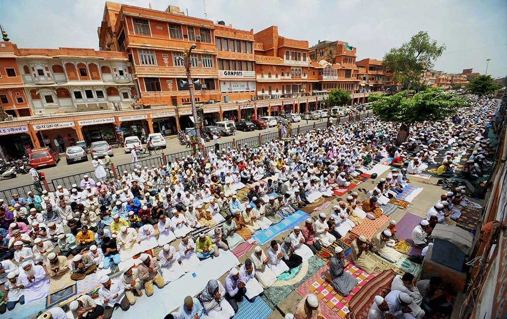 Devotees offering namaz outside Jama Masjid in Jaipur.