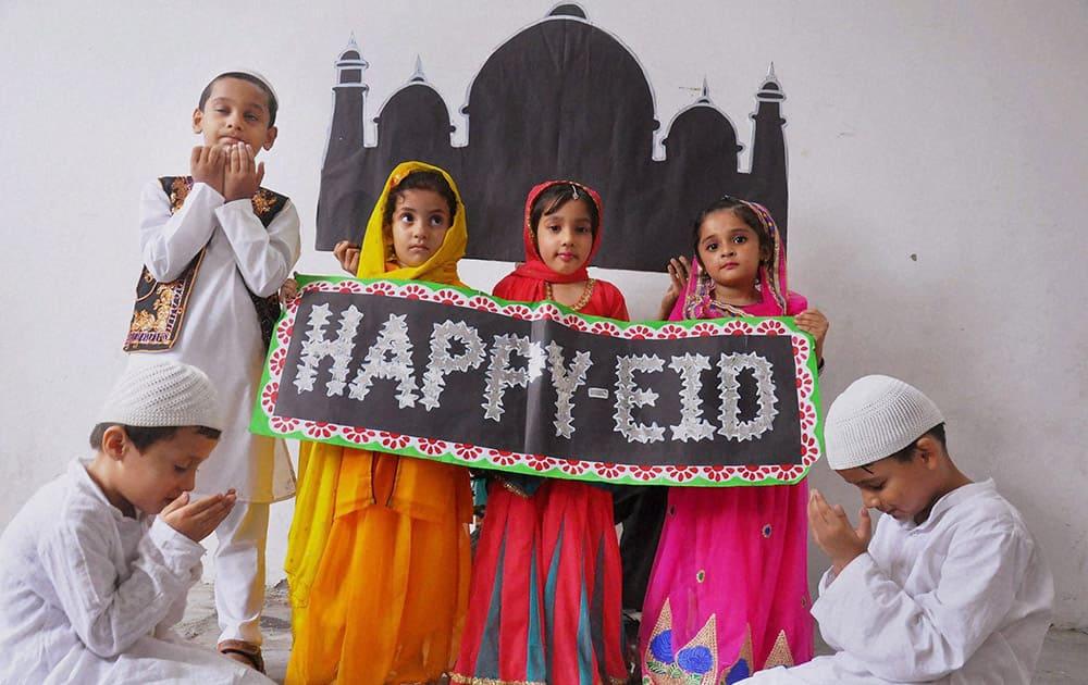 School children wishing Eid in Moradabad.