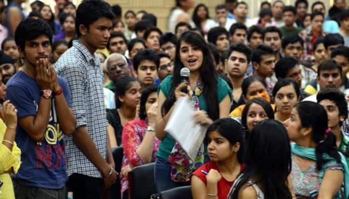 Day 1 at DU: Selfie with seniors, lunch treats help break ice
