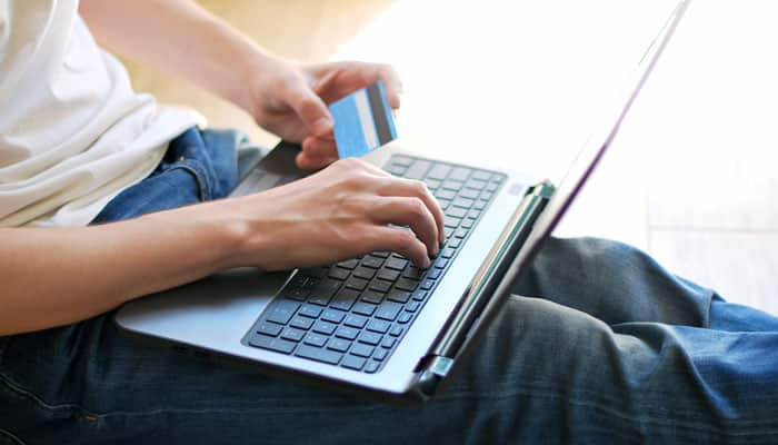 Go online! E-stores a shopping haven for college-goers
