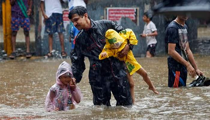 Heavy rains in Thane disrupt normal life