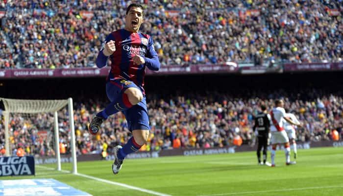 Luis Suarez, Sergi Roberto lift Barcelona to 2-1 tour win over LA Galaxy