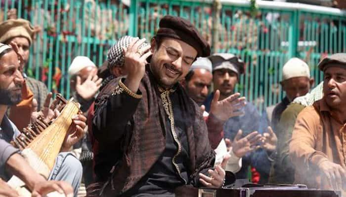Pakistani qawwal Amjad Sabri plans India visit over 'Bhar do jholi' row
