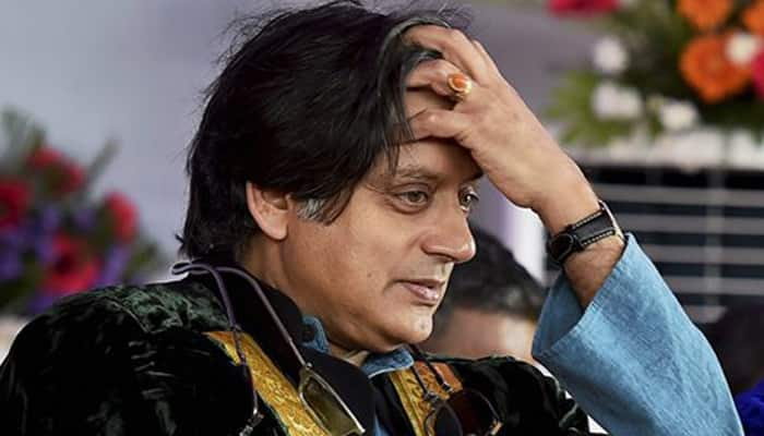 Parliament disruptions: Sonia pulls up Shashi Tharoor for not following party line