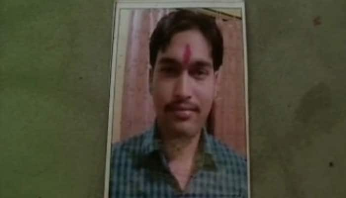 National level fencing player pushed off train by Railway Police, dies