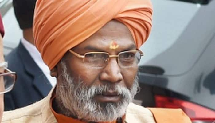 Time has come for Sonia, Rahul to go back to Italy: Sakshi Maharaj