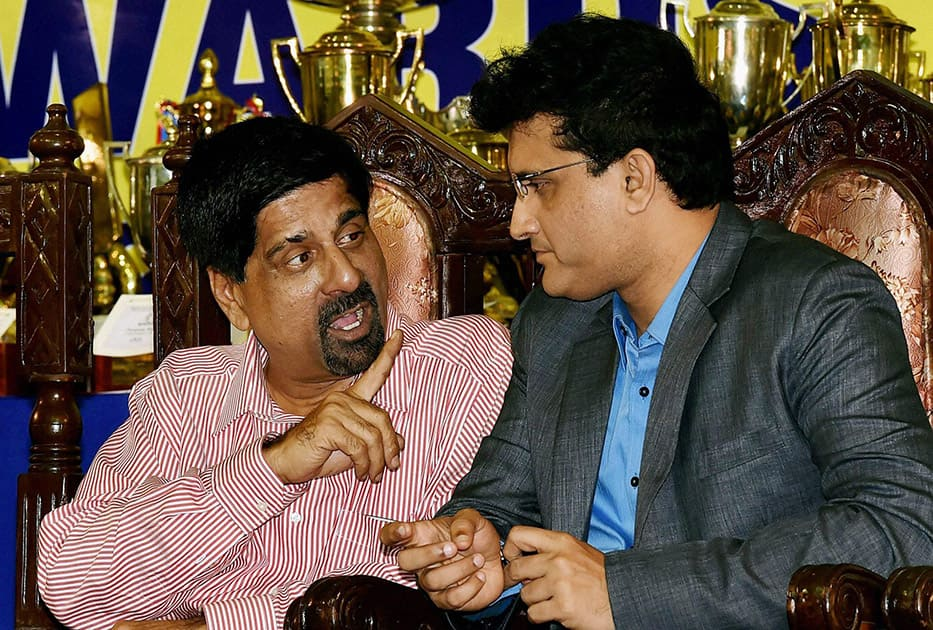 Former cricketer Krishnamachari Srikkanth with CAB Joint Secretary Sourav Ganguly during Annual Award Ceremony of Cricket Association of Bengal in Kolkata.