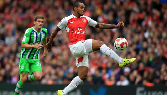 Theo Walcott seals Emirates Cup success for Arsenal