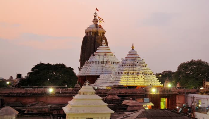 Lakhs witness Lord Jagannath's Nabakalebar return car festival
