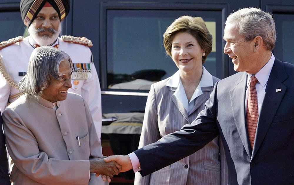 File photo of former president APJ Abdul Kalam with U.S. President George W. Bush and his wife Laura Bush in New Delhi 2006.