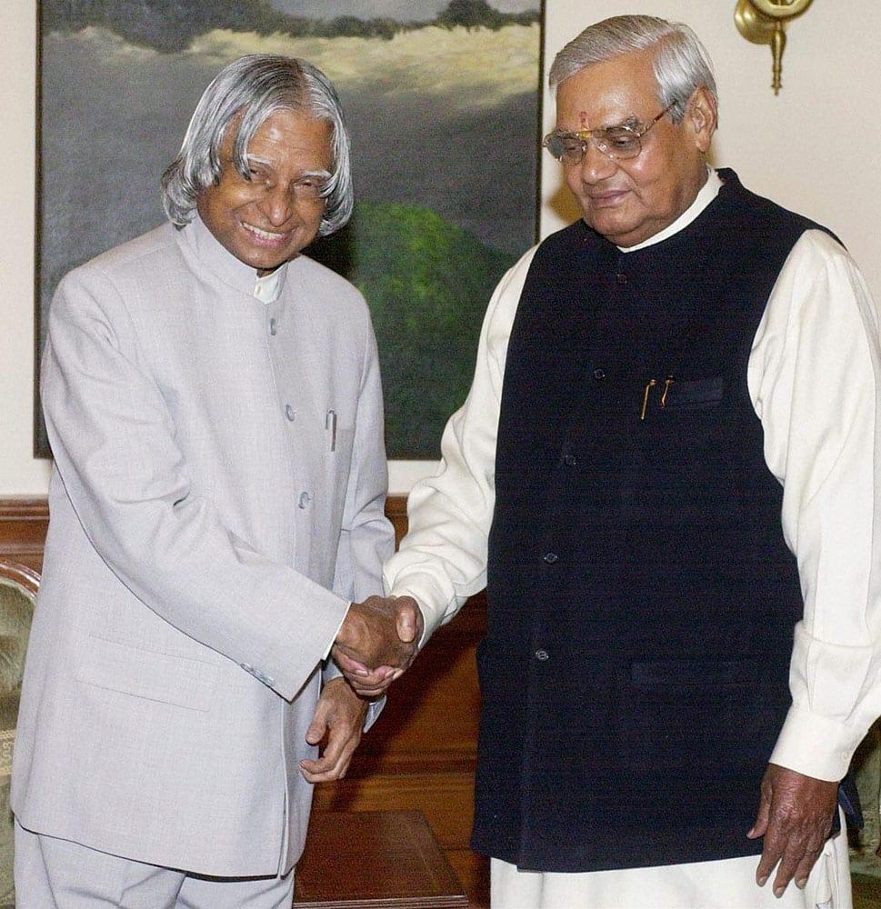 File photo of former president APJ Abdul Kalam with former Prime Minister Atal Bihari Vajpayee in 2003.