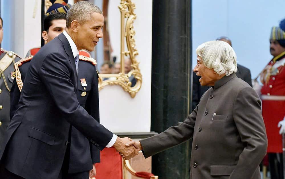 File photo of former president APJ Abdul Kalam with US President Barack Obama in New Delhi in Jan 2015.