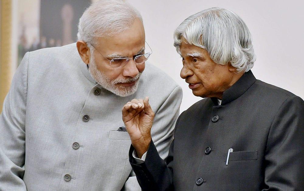 File photo of former president APJ Abdul Kalam with Prime Minister Narendra Modi in New Delhi in Jan 2015.