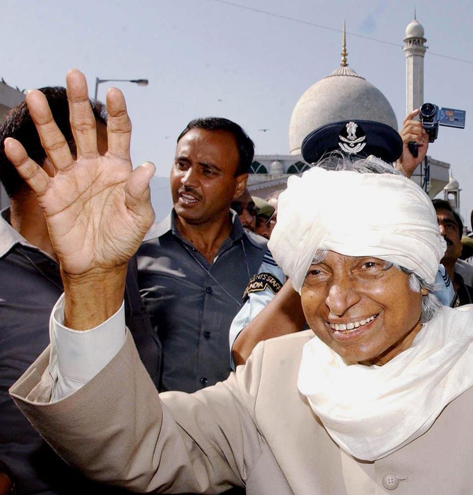 File photo of former president APJ Abdul Kalam in Srinagar in June 2003.