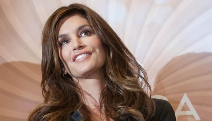 Cindy Crawford working on '80s modelling wars series for NBC